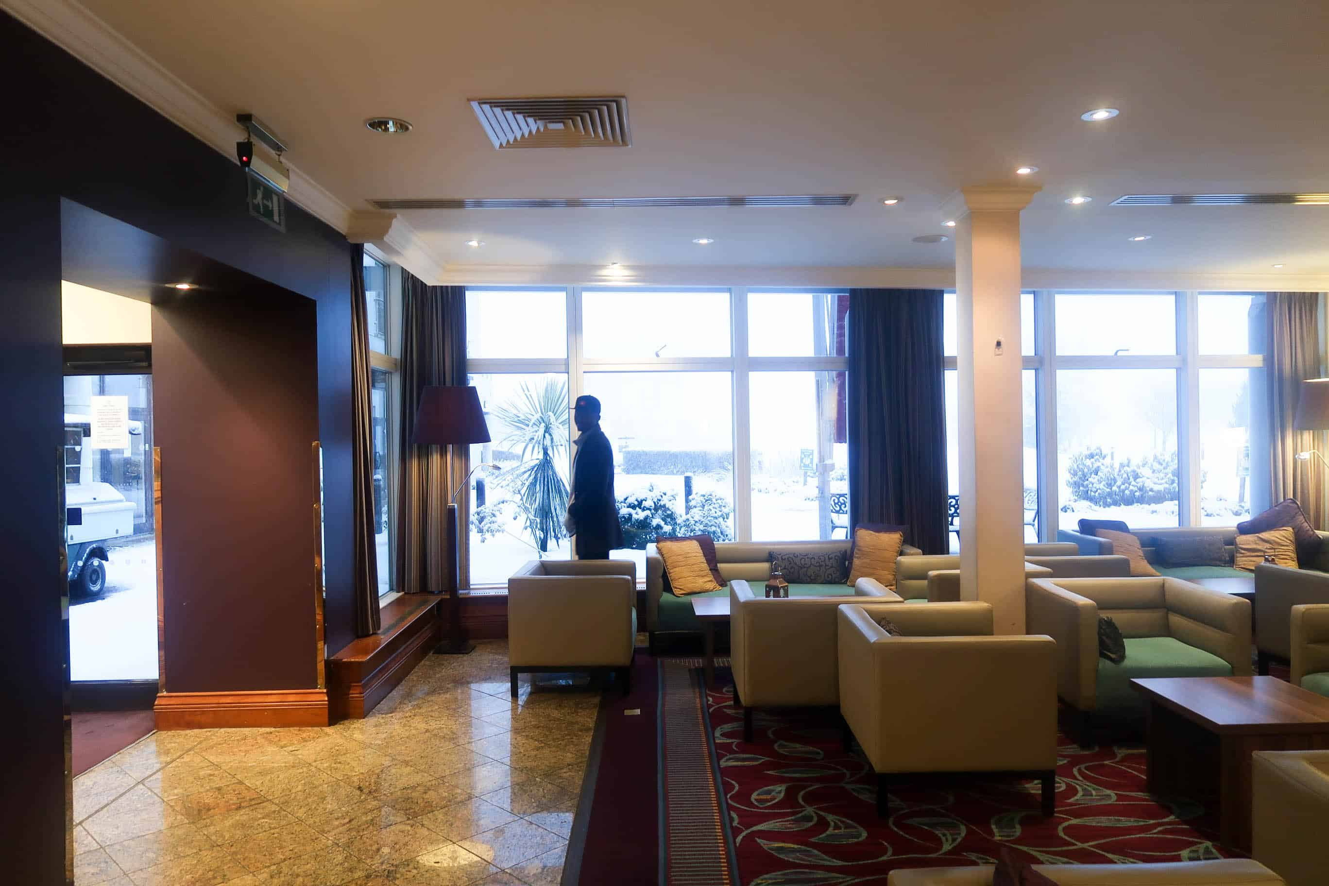 Hotels to stay in Belfast cheap, clean and spacious